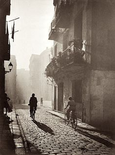 Otho Lloyd - Untitled, Barcelona, Spain, 1946