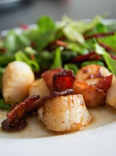 Comfort Bites: Perfect Pan Fried Scallops and Bacon