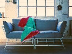 IKEA PS 2017 hörnfåtölj med tre kuddar designad av Kate Booy & Joel Booy.    www.var-dags-rum.se