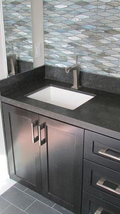 Never let your #Bathroom look old-fashioned. Timely remodeling of this place can enhance the beauty of this area. #Hire #MDMCustomRemodeling for the best outcome.