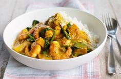 Prawn and squash curry is full of flavour, so good for you and works out at just 291 calories, 3 of your 5-a-day and only �2.31 per serving. This curry is much healthier than your average takeaway and it takes just 25 minutes to make.