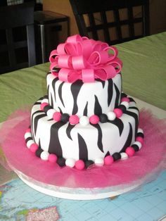 Cute spin on bow cake