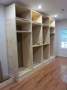Built-in Closet (also info on applying crown molding, etc... on this site) #closetdesign