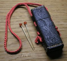 Late medieval Needle Case and two brass needles by Antwuerke
