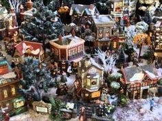 """village miniature de Noël  """"Dicken's village 2013 """"Nathalie.L"""