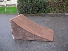 This instructable will show you how to make a simple kicker / launch style ramp that can be used for a variety of wheeled hobbies, including but not limited to:Skateboarding / RollerbladingBMX / BikingRC Cars & TrucksI'll be using this ramp for BMX and RC Scooter Ramps, Bmx Ramps, Skateboard Ramps, Skateboard Party, Diy Car Ramps, Truck Ramps, Backyard Skatepark, Rc Cars Diy, Rc Track
