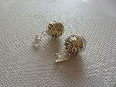 Boucles d'oreille clips boule spirale argenté perle paillettes doré femme ado : Boucles d'oreille par sylviane-bijoux