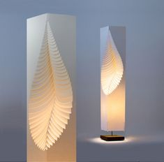 Leaf - MooDooNano paper design lamp on wooden stand