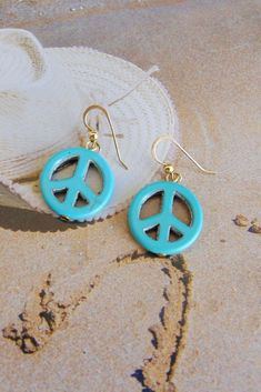 Singing is something that not every animal does. Turquoise Earrings, Women's Earrings, Silver Earrings, Hippie Jewelry, Boho Hippie, Etsy Jewelry, Handmade Jewelry, Handmade Gifts, Round Beads