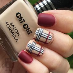 So sorry for the repost! I accidentally deleted it yesterday  Here's the burberry nails inspired by @nailsbycameron