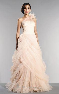 Traditional Wedding Dresses http://yesidomariage.com - Conseils sur le blog de mariage