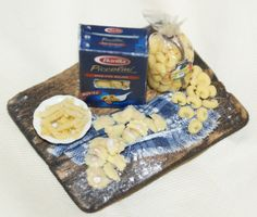 Chopping preparation of Italian pasta- Artisan Handmade Miniature in 12th scale. From CosediunaltroMondo by cosediunaltromondo on Etsy https://www.etsy.com/listing/175856898/chopping-preparation-of-italian-pasta