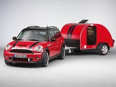 Mini Cooper S Clubman Accessorized (2012).