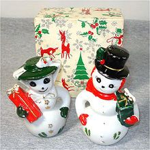 Christmas Mr and Mrs Snowman Couple Salt Pepper Shakers With Box