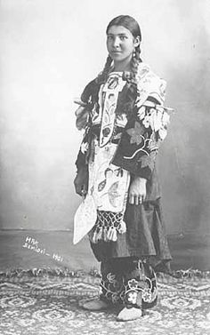 Ojibwa woman – 1901. My grandma was half Ojibwa, grew up on reservation in North Dakota.