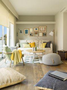 La interiorista Meritxell Ribé ha convertido esta casa entre medianeras en una vivienda moderna, luminosa y llena de personalidad.