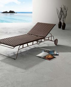 Hamptons Graphic patio furniture by Roberti.