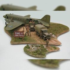 """#mulpix Nice diorama! """"Sing a Song for us"""". Unknown scale and Modeler  #scalemodel  #diorama  #hobby  #miniatura  #miniature  #maqueta  #maquette  #modelismo  #plasticmodel  #plastimodelismo  #plastimodelo  #plastickits  #usinadoskits  #udk  #plamodel  #scalemodelsworld"""
