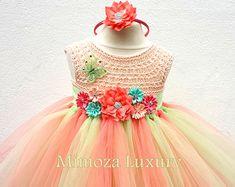 Artículos similares a Crochet Octopus for Preemie Babies en Etsy Peach Flower Girl Dress, Peach Flowers, Flower Girl Dresses, Crochet Girls, Crochet Top, Tulle Skirt Dress, Baby Frocks Designs, Handmade Dresses, Little Girl Dresses