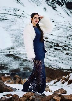 Vestido de blanco en la nieve los migues