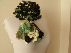 SALESALEDark Green Coral Scarf Ready for shipping par knittingshop, $20.00