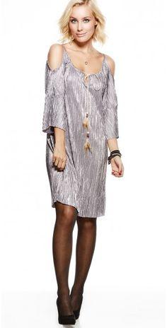 LikeLondon klänning off-shoulder glansig silver 4006abd90b0dd
