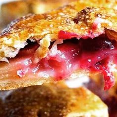 Cranberry Apple Slab Pie recipe in link http://keviniscooking.com/cranberry-apple-slab-pie/  #thanksgivingrecipes #thanksgivingfood #holidayfood #appetizers #apples #pie #pies #cranberries #southernfood #soulfood #dessert #desserts  Yummery - best recipes. Follow Us! #thanksgivingrecipes