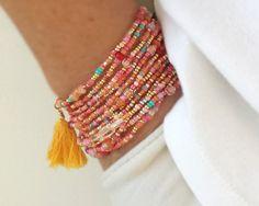 "Erdbeer Limonade Wrap-Perlen Armband mit oder ohne Quaste oder Charme - 87"" lange Seed Bead Stretch Armband"