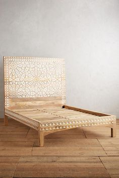 Slide View: 3: Handcarved Albaron Bed