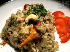 Cashew Mushroom Risotto w/ sun-dried tomatoes : German-Italian / vegan  - The Lotus and the Artichoke