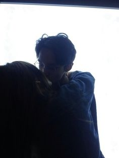 Image via We Heart It #couple #kiss #love #photography