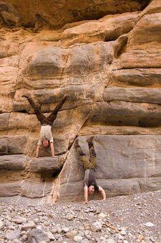 ⚒ Crazy Geologists.... grin emoticon |#Geology *Photo : © Mühendis Jeologlar Derneği visit : http://www.geologyin.com/