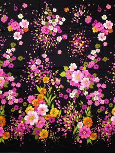 Vintage Vibrant Flowered Sateen  Stunning Free by CJSundries