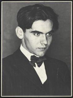 Salen a la luz documentos en los que el Gobierno de Franco reconoce el asesinato de García Lorca | Cultura | EL MUNDO