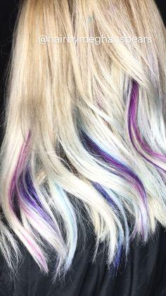 Blonde Hair With Purple Tips, Purple Hair Highlights, Dark Purple Hair, Hair Streaks, Platinum Blonde Hair, Blue Hair, Purple Hair Styles, Blonde Peekaboos, Peekaboo Highlights