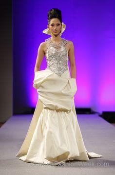 isabel zapardiez | Couture Fashion Week