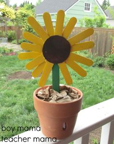 9 Sunflower Crafts for Kids to Create: Popsicle Stick Sunflower
