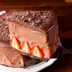 Chocolate Mousse Cake Get ready for the most decadent cake of your life. Get the recipe at .Get ready for the most decadent cake of your life. Get the recipe at . Just Desserts, Delicious Desserts, Yummy Food, Brownie Desserts, Baking Recipes, Cake Recipes, Dessert Recipes, Baking Desserts, Recipes Dinner
