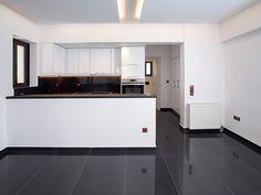 Ανακαίνιση σπιτιού στα Βριλήσσια   Home Done Kitchen Island, Kitchen Cabinets, Home Decor, Log Projects, Island Kitchen, Decoration Home, Room Decor, Cabinets, Home Interior Design