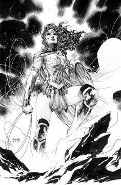 Hello les amis! Le co-éditeur de DC Entertainment et dessinateur comics de Batman, Jim Lee nous montre étape par étape son dessin de la puissante amazone guerrière Wonder Woman. Son crayonné a été fait avec un porte-mine pentel de calibre 0,7 mm. Il gomme avec un porte-gomme rond qu'il tient comme un crayon. Il utilise plusieurs tailles de feutres Pigma Micron de la marque Sakura : 005, 01, 02, 03 et 05. Ses feutres très utilisés par les dessinateurs professionnels sont pigmentés. Ils ont...