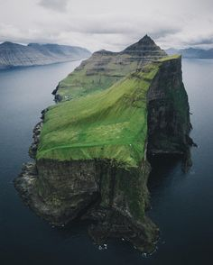 - Merlin Kafka - Kalsoy, Faroe Islands, Scotland (@the_kafka)