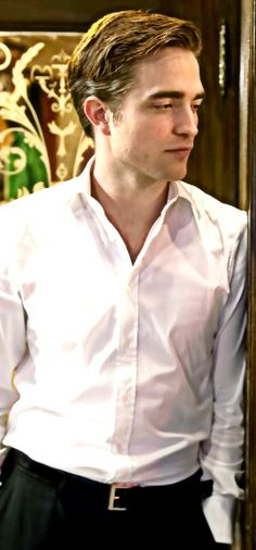 Robert Pattinson -  Cosmopolis
