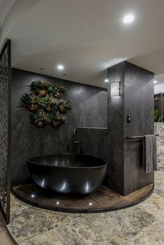 Sensational award winning Neolith Iron Grey bathroom designed by Kim Duffin @sublime_architectural_interior  #cdkstone #neolith #neolithirongrey#irongrey #sinteredcompactsurface #extraordinarysurface #scratchresistant #stainresistant #heatresistant #coldresistant #resistanttouvfading #grey #bathroomdesign #bathroominspiration