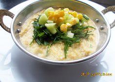 Raw Vegan Onion Soup   Rawmunchies.org  #RECIPE HERE: http://www.rawmunchies.org/recipes #Raw #vegan #rawvegan #glutenfree #rawvegansoup #vegansoup #onionsoup