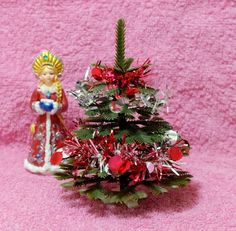 Small Christmas Tree plastic New Year tree Soviet by MadeInTheUSSR Plastic Christmas Tree, Large Christmas Tree, Christmas And New Year, Christmas Home, Vintage Christmas, Holiday Centerpieces, Christmas Decorations, Christmas Ornaments, Holiday Decor