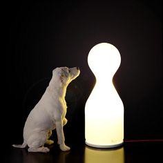 Designline Küche - Stories: Aufbruch Glas Ost | designlines.de - da staunt selbst ein Hund Olgoj Chorchoi, teo Brokis