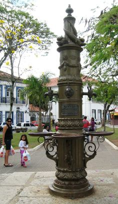 Chafariz em Bananal, São Paulo - Brasil / Inaugurado em 1879 e destinado ao atendimento da população que ainda não contava com o serviço de água encanada / O município de Bananal foi por volta da metade do século XIX responsável por aproximadamente 50% da produção nacional de café