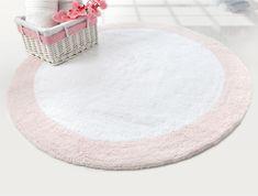Коврик для ванной Irya - Tully beyaz-pembe розовый 90*90 Производитель: Irya, Турция. Состав: 100 % хлопок. Размер и комплектация: Коврик (1 шт): 90*90 см. (фигурный) Основа: хлопковая, стеганная #svtextile #textile #хлопок #текстиль #домашнийтекстиль #украина #ukraine #комфорт #bathmat #коврик #ванная #ковриквванную