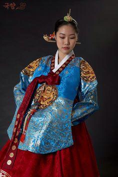 Blue,queen dangui, korean