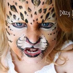 Inspiring Children's Makeup For Halloween Leopard Face Paint, Cheetah Face, Cheetah Makeup, Animal Face Paintings, Animal Faces, Halloween Kids, Halloween Makeup, Childrens Makeup, Face Painting Designs